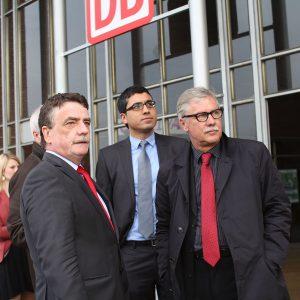 Minister Michael Groschek, Serdar Yüksel und Stadtbaurat Dr. Ernst Kratzsch (v.l.n.r.)